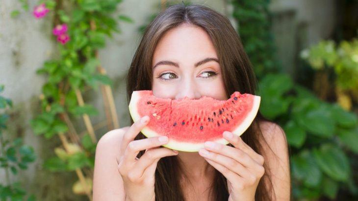cấm kỵ khi ăn dưa hấu