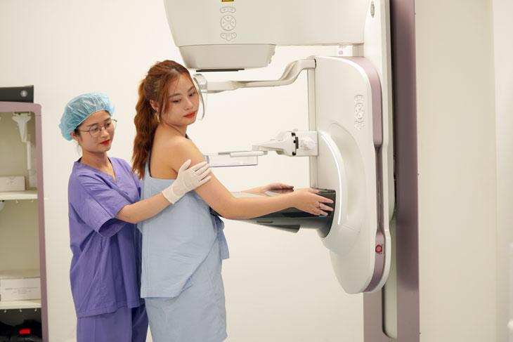 Chụp X-quang tại BV Hồng Ngọc
