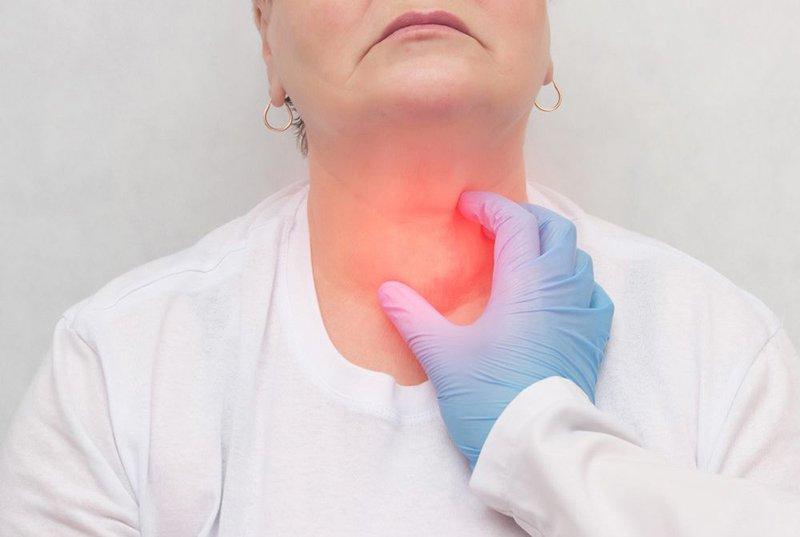 Iode phóng xạ điều trị bệnh tuyến giáp