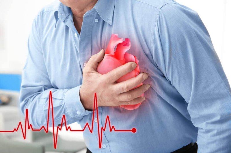 Nguy cơ làm việc văn phòng mắc bệnh tim mạch