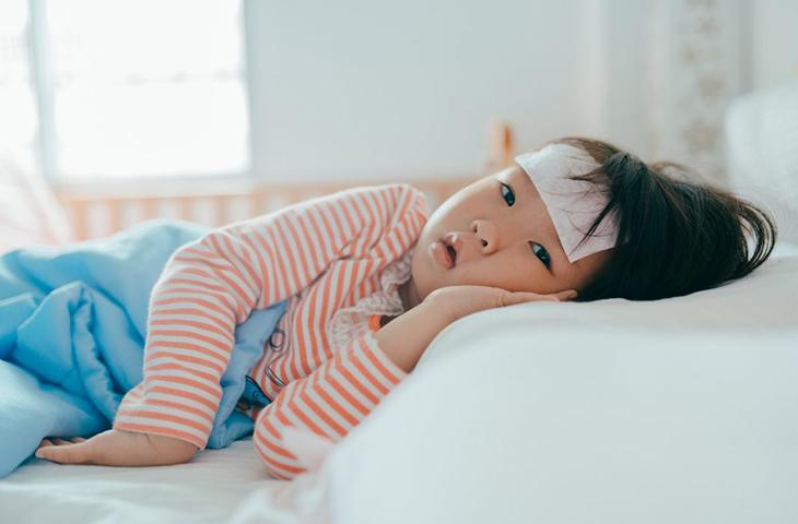 dùng thuốc hạ sốt cho trẻ em