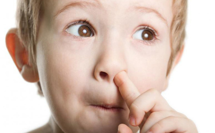 tật ngoáy mũi