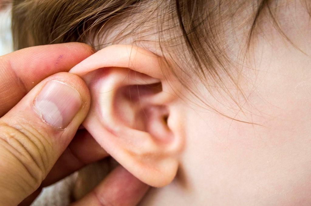 đau tai