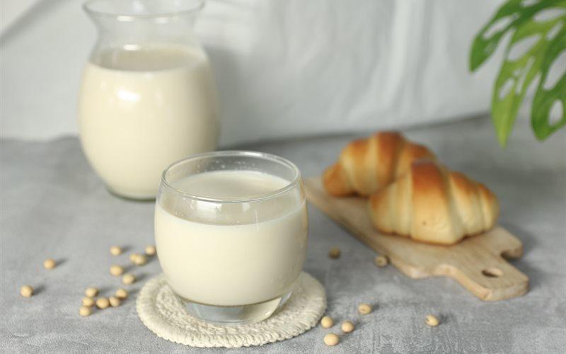Kiêng kị uống sữa đậu nành