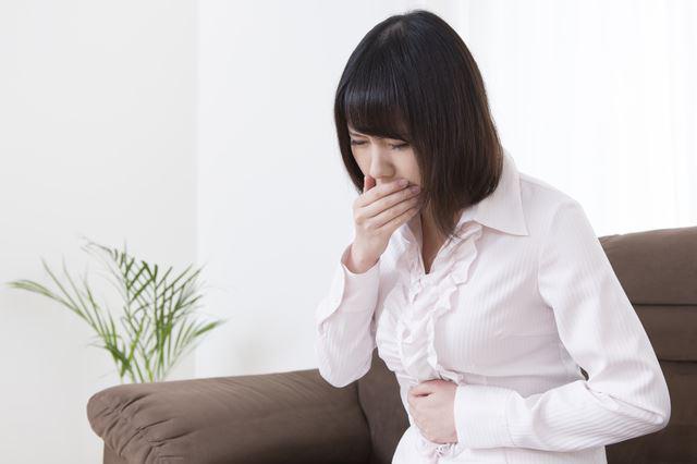 đau bụng buồn nôn
