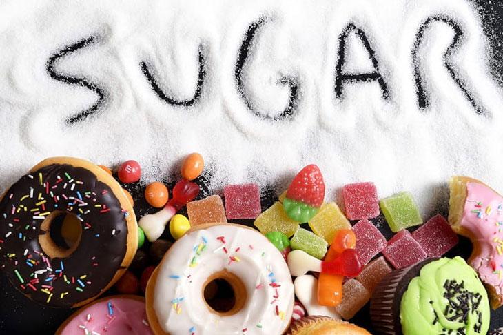 không nên ăn nhiều đường