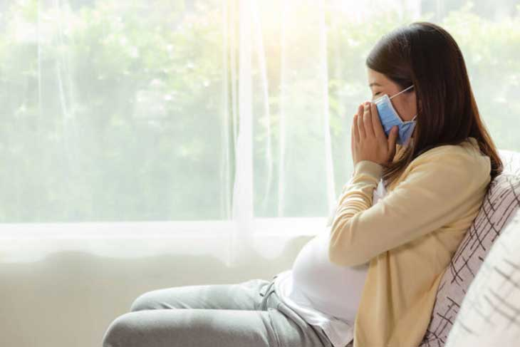 Bị ho khi mang thai